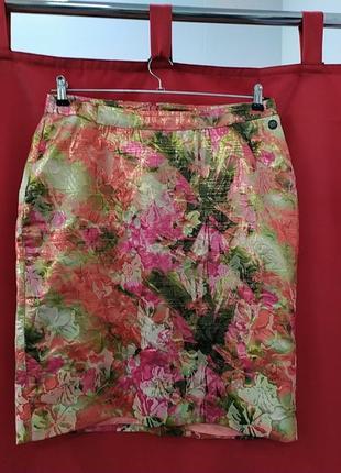 Нарядная юбка в цветочный принт большого размера