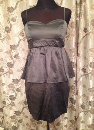 Платье коктейльное с баской