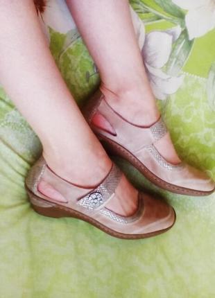 Отличные кожанные туфли от rieker antistress