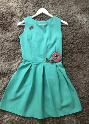 Мини платье с юбкой клеш, размер s, цвет мятный