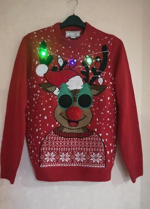 Новогодний свитер с гирляндой герляндой f&f