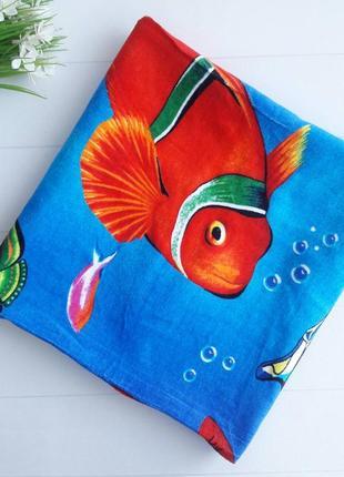 Пляжное полотенце с рыбами
