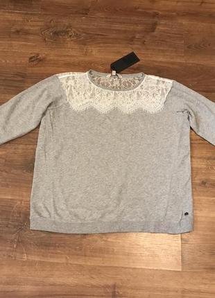 Серый свитшот с кружевом oversize