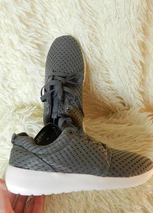 ✅летние кроссовки