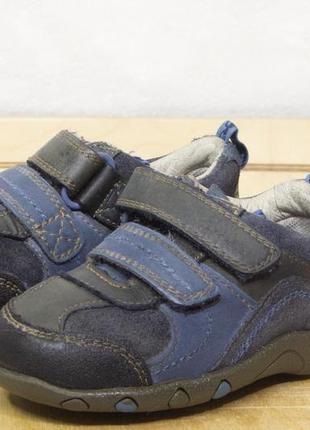 Clarks р 20  - 13 см кроссовки на мальчика кожа