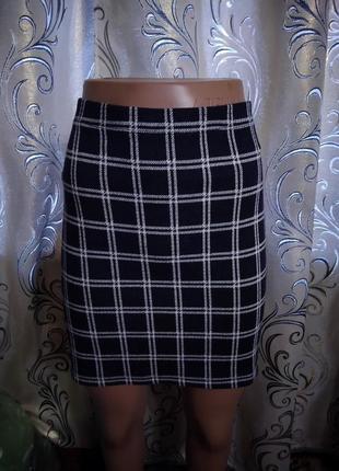 Симпатичная юбка в клеточку tu