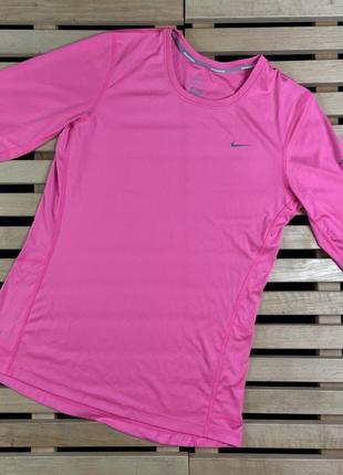 Супер крутая женская футболка nike dri-fit размер m
