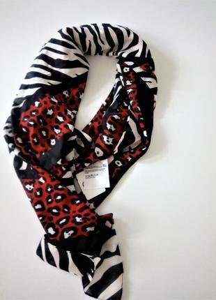 Легкий стильный платок c&a