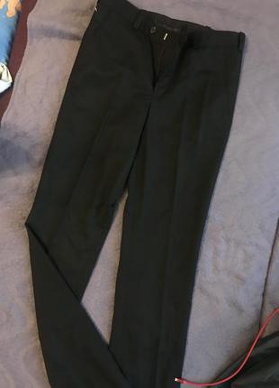Чёрные мужские брюки