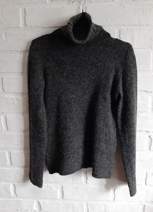 Практичный свитер с высоким горлом max&co