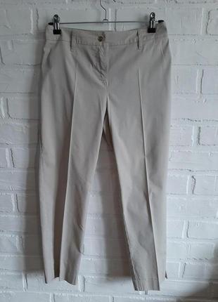 Легкие брюки marella