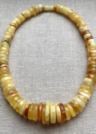 Натуральный янтарь. ожерелье. 57гр.