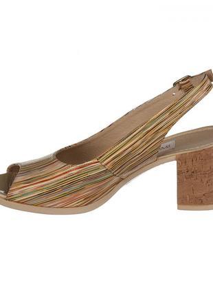 Кожаные женские цветные босоножки в полоску на устойчивом каблуке натуральная кожа2 фото