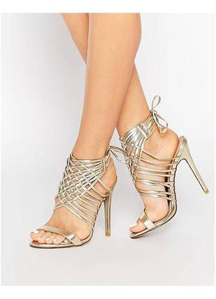 Босоножки на каблуке с шнуровкой асос asos public desire
