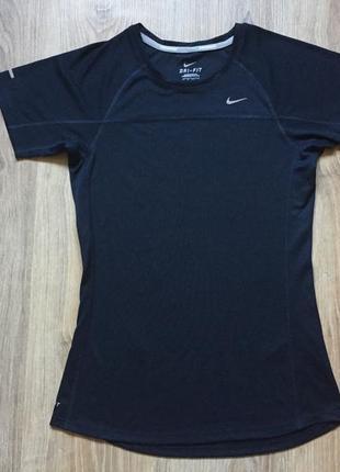 Спортивная футболка беговая для зала фитнеса бега