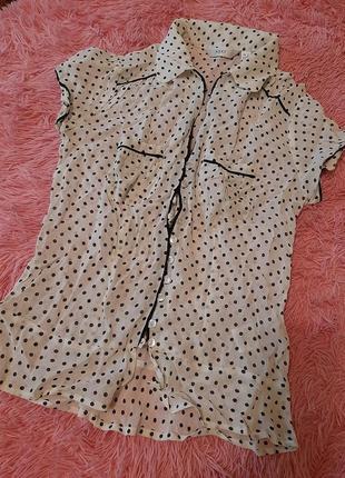 Модная блузка в горох короткий рукав
