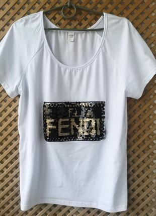 Белоснежная хлопковая футболочка с принтом из пайеток