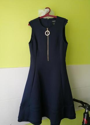 Платье из неопрена dkny