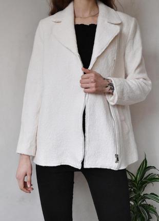 Укороченное пальто нежного цвета с молнией zara