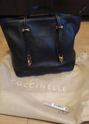 Кожаная сумка тоут coccinelle