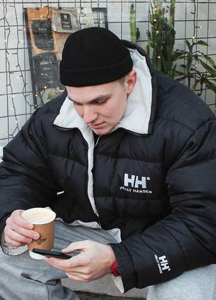 Чёрная шапка на макушку