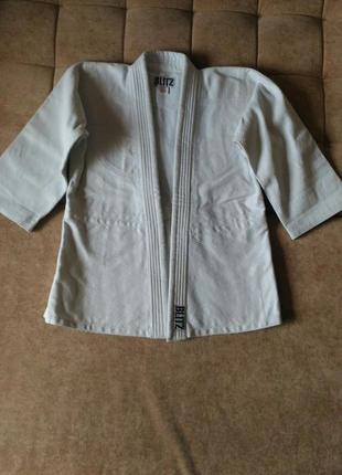Куртка кимоно blitz на рост 140см