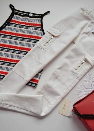 -10% на все!!! bershka джинси білі з кармашкми висока посадка