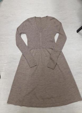 Платье из нежной мериносной шерсти