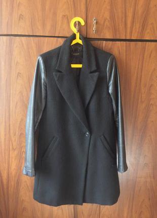 Пальто оверсайз reserved