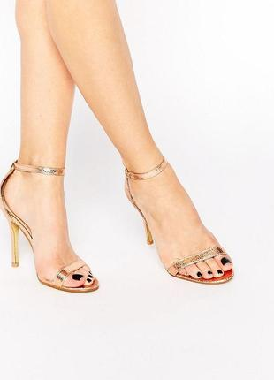 Золотые босоножки на каблуке асос asos glamorous