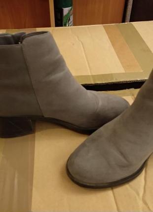 Срочно ботиночки на низком каблуке