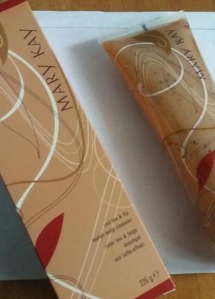 Mary kay гель-скраб для тела инжир & красный чай
