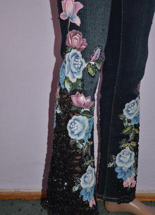 Шикарные джинсы расшитые бисером цветочные джинси розшиті бісером