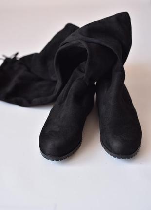 Чорні замшеві ботфорди-чулки чорные ботфорты замшевые  стрейчевые на низком каблуке
