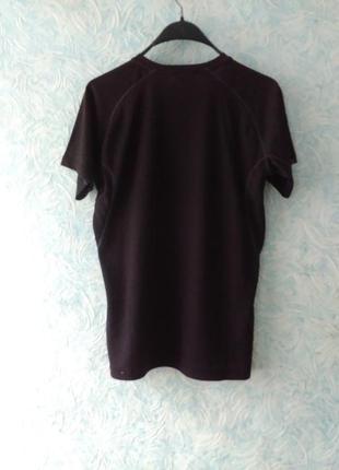 Спортивная футболка чорная2 фото