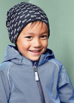 Двусторонняя хлопковая шапка с машинками от tchibo