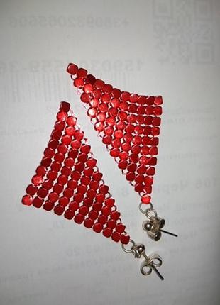 Серьги гвоздики красные платочки.