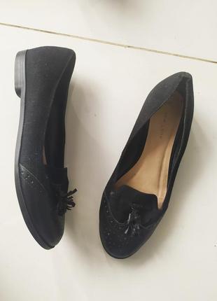 Чёрные лоферы балетки туфли с кисточками с кистямм