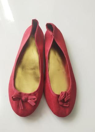 Лёгкие бордовые красные балетки