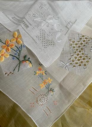 Тончайшие батистовые носовые платки с вышивкой ришелье
