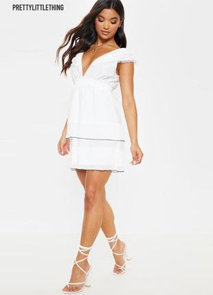 Новое нежное белое платье prettylittlething