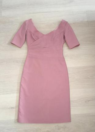 Платье из тонкой полированной шерсти