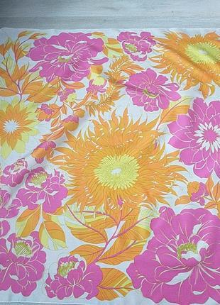 Винтажный платок с цветами