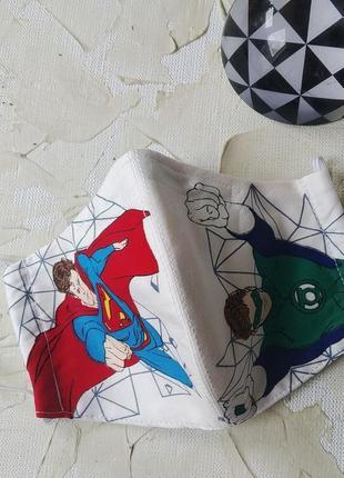 Маска багаторазова супергерої