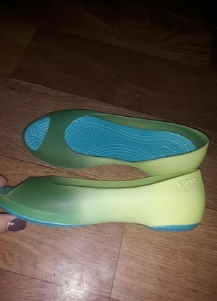 Новые брендовые балетки crocs! размер 36
