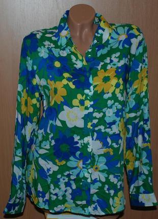 Блуза в цветочный принт бренда  marks & spencer