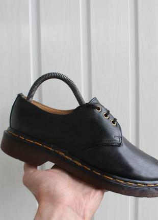 Женские туфли  dr.martens
