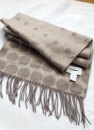Кашемировый шарф в горох charter clud.