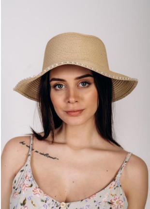 Женская шляпа слауч
