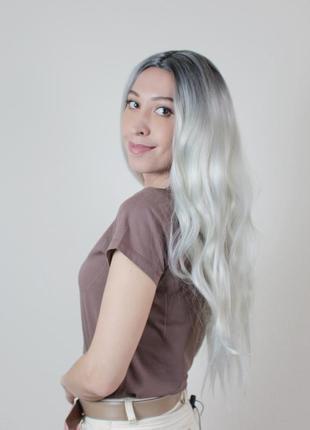 Длинный светлый парик